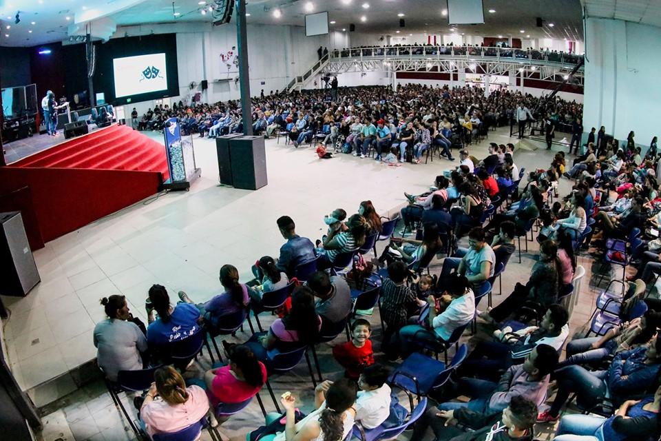Mas de 1400 Personas en nuestro Retiro Espiritual