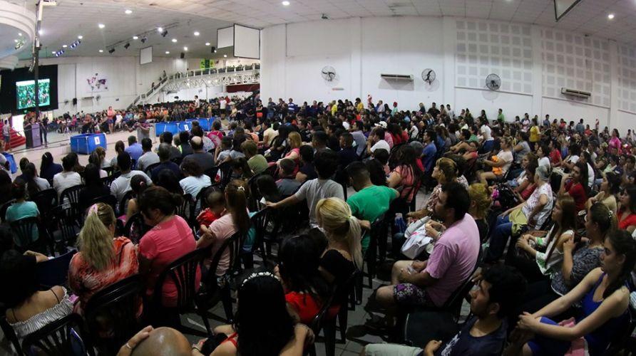 Mas de 400 Personas en la Fiesta de Bienvenida