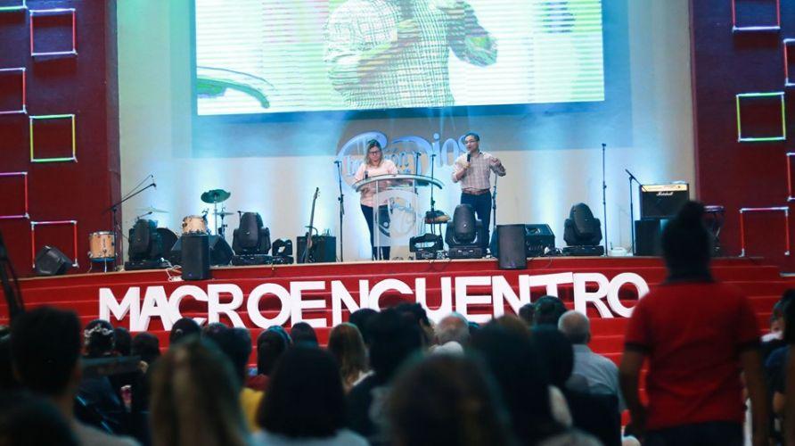 Macroencuentro: 1060 Personas trasformaron sus corazones!