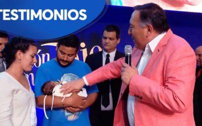 Este bebe nació prematuro, sufrió siete paros cardiorespiratorios, oraron por El y ¡Está sanó!