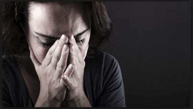 Una mujer que sufría de fibromialgia, fue sana